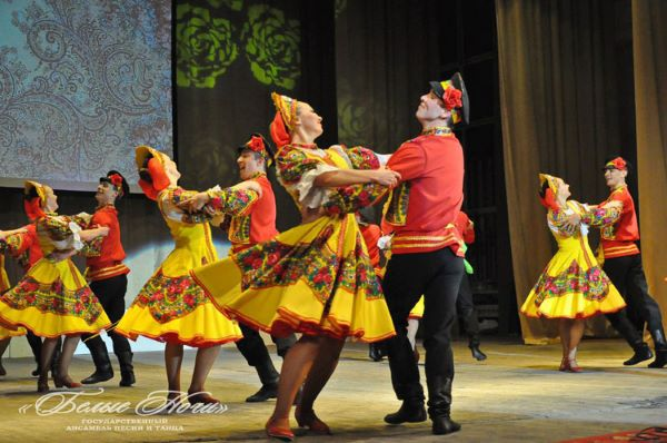 "Folklore show ""Russia In Fairytales"" in Officers House in Saint-Petersburg"