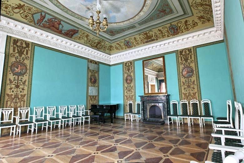 Зрительный зал Дома Кочневой