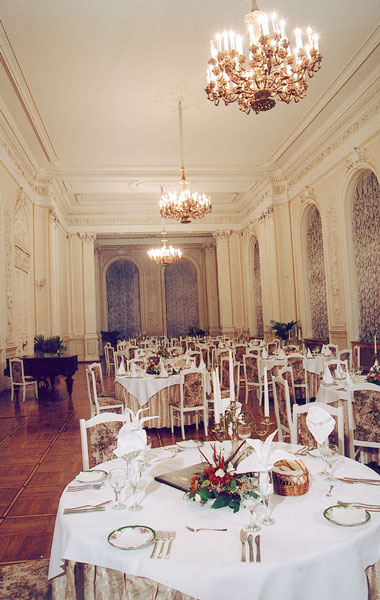 Ресторан в Николаевском дворце - Restaurants and banquet halls of the Nicholas Palace in St. Petersburgn